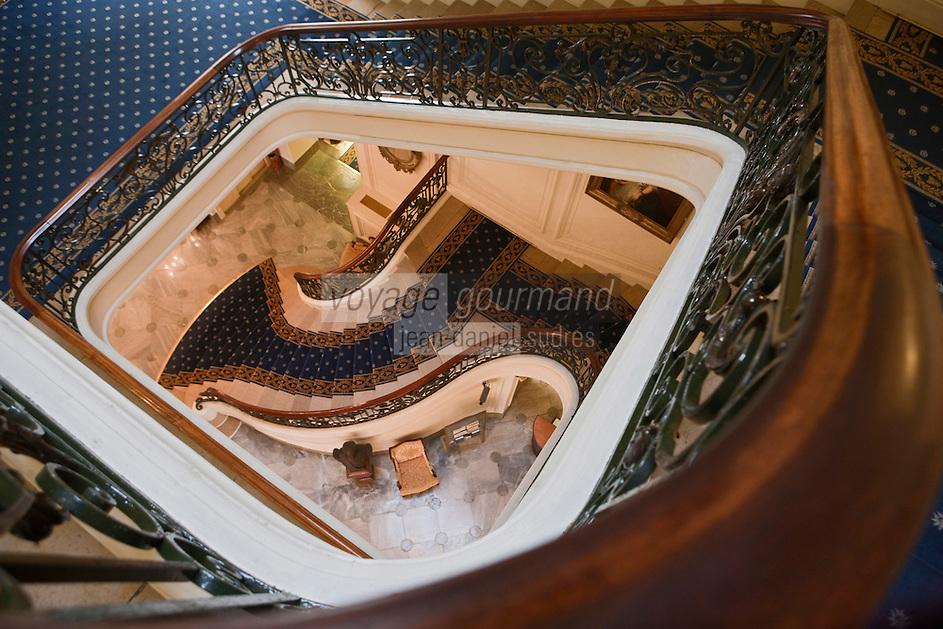 Europe/France/Aquitaine/64/Pyrénées-Atlantiques/Pays Basque/Biarritz: Hôtel du Palais- le Grand Escalier