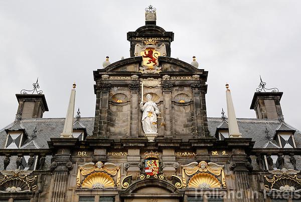 Delft - Gevel van het Stadhuis
