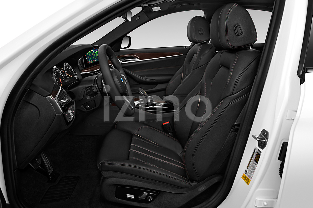 Front seat view of 2019 BMW 5-Series M-Sport 4 Door Sedan Front Seat  car photos
