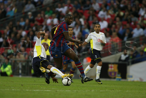 Tottenham 1 Barcelona 1. Wembley Cup. Friday 24 July 2009 Wembley Stadium, London. Wilson Palacios tackles barcelona defender Yaya Toure Gnegneri. (Photo: Chris McGachy/ActionPlus)