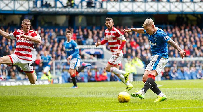 Martyn Waghorn has a shot