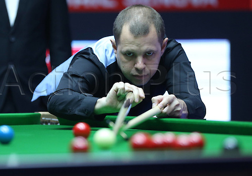 30.03.2016. Beijing, China.  Barry Hawkins of England competes during the first round match against Tian Pengfei of China at the 2016 World Snooker China Open in Beijing,