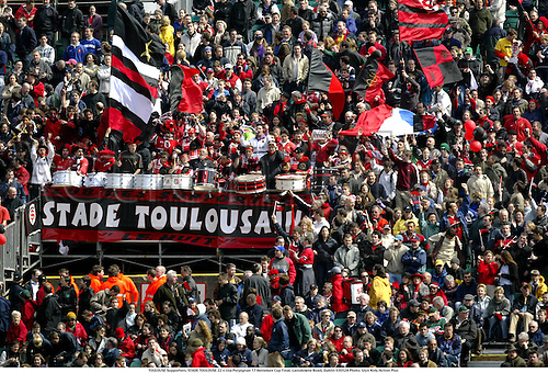 TOULOUSE Supporters. STADE TOULOUSE 22 v Usa Perpignan 17 Heineken Cup Final, Lansdowne Road, Dublin 030524 Photo: Glyn Kirk/Action Plus...Rugby 2003 toulousain crowd crowds  fans