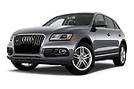 Stock pictures of low aggressive front three quarter view of 2013-2014 Audi Q5 Base 5 Door SUV