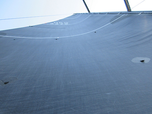 A flat main sail that still has power (camber)