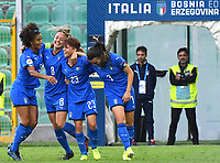 Manuela Giugliano of Italy celebrates with team mates after scoring the goal of 2-0<br /> Palermo 08-10-2019 Stadio Renzo Barbera <br /> UEFA Women's European Championship 2021 qualifier group B match between Italia and Bosnia-Herzegovina.<br /> Photo Carmelo Imbesi / Insidefoto