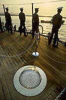 - U.S. Navy, the plate that marks the exact point where the surrender of Japan was signed in 1945 aboard the battleship Missouri<br /> <br /> - US Navy, la placca che segna il punto esatto in cui fu firmata la resa del Giappone nel 1945 a bordo della corazzata Missouri