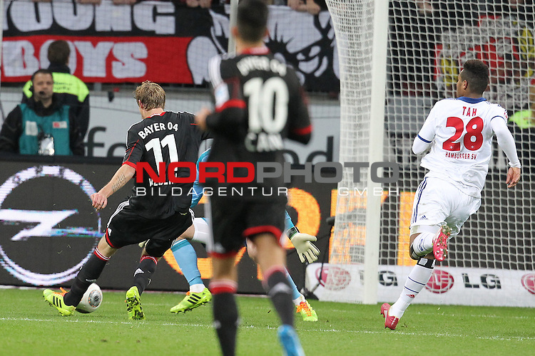 09.11.2013, BayArena, Leverkusen, GER, 1.FBL, Bayer Leverkusen vs Hamburger SV, im Bild<br /> Tor zum 4:2 durch Stefan Kie&radic;&uuml;ling (Leverkusen #11) gegen Rene Adler (Torwart Hamburg)<br /> <br /> Foto &not;&copy; nph / Mueller *** Local Caption ***