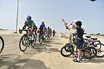 Local fans wave on the riders during Stage 2 of the 2019 UAE Tour, running 184km form Yas Island Yas Mall to Abu Dhabi Breakwater Big Flag, Abu Dhabi, United Arab Emirates. 25th February 2019.<br /> Picture: LaPresse/Fabio Ferrari | Cyclefile<br /> <br /> <br /> All photos usage must carry mandatory copyright credit (© Cyclefile | LaPresse/Fabio Ferrari)