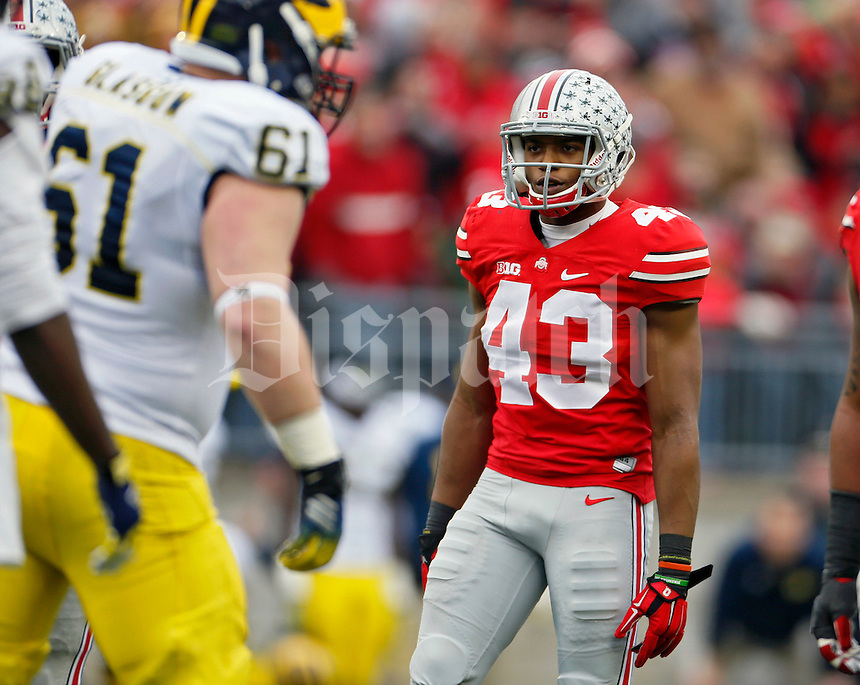 Ohio State Buckeyes linebacker Darron Lee (43) against Michigan Wolverines at Ohio Stadium in Columbus, Ohio on November 29, 2014.  (Dispatch photo by Kyle Robertson)