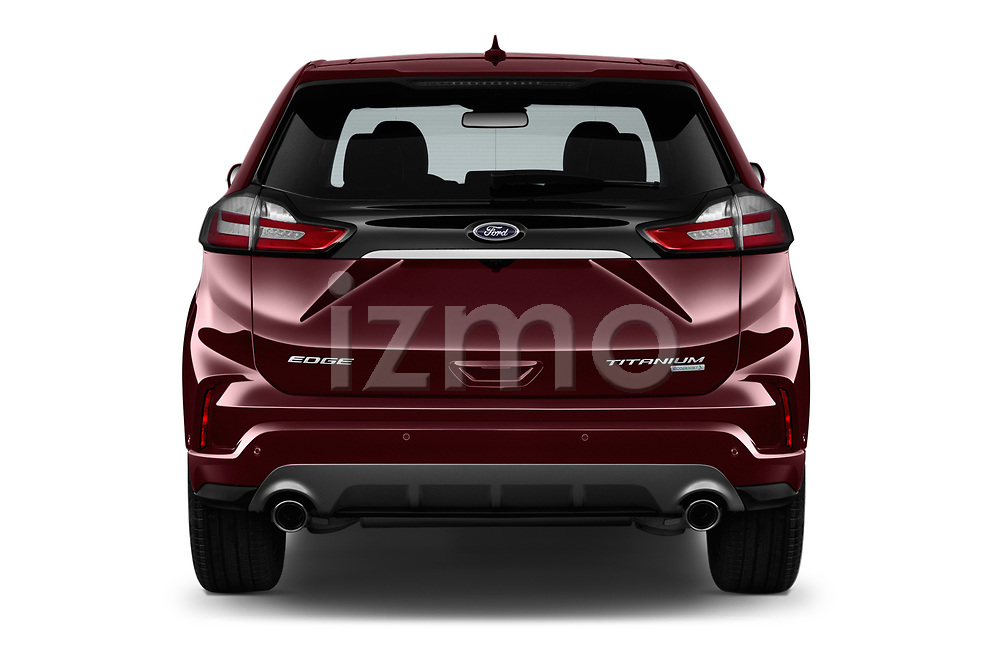Straight rear view of a 2019 Ford Edge Titanium 5 Door SUV stock images