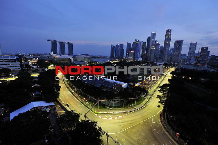 19.-22.09.2013, Marina-Bay-Street-Circuit, Singapur, SIN, F1, Grosser Preis von Singapur, Singapur, Esteban Gutierrez (MEX) Sauber F1 Team <br />  Foto &copy; nph / Mathis