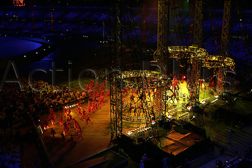 10 February 2006: Scenes from the Opening Ceremony of the Turin Winter Olympics at the Regio Theatre. Photo: Neil Tingle/actionplus..060210 torino performance art performing show olympic