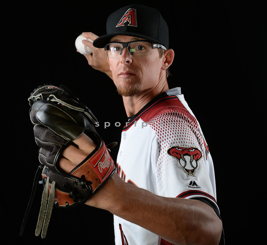 Arizona Diamondbacks Tyler Clippard (19) during photo day on February 28, 2016 in Scottsdale, AZ.