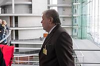 """Die Mitglieder des 1. Untersuchungsausschuss """"Terroranschlag Breitscheidplatz"""" des Deutschen Bundestag trafen am Donnerstag den 22 Maerz 2018 den Beauftragten der Bundesregierung fuer die Opfer und Hinterbliebenen des Terroranschlags auf dem Breitscheidplatz im Dezember 2016, Ministerpraesident a.D. Kurt Beck (im Bild) zu einem Gespraech. Kurt Beck informierte die Ausschussmitglieder ueber die Erfahrungen aus seiner Taetigkeit.<br /> 22.3.2018, Berlin<br /> Copyright: Christian-Ditsch.de<br /> [Inhaltsveraendernde Manipulation des Fotos nur nach ausdruecklicher Genehmigung des Fotografen. Vereinbarungen ueber Abtretung von Persoenlichkeitsrechten/Model Release der abgebildeten Person/Personen liegen nicht vor. NO MODEL RELEASE! Nur fuer Redaktionelle Zwecke. Don't publish without copyright Christian-Ditsch.de, Veroeffentlichung nur mit Fotografennennung, sowie gegen Honorar, MwSt. und Beleg. Konto: I N G - D i B a, IBAN DE58500105175400192269, BIC INGDDEFFXXX, Kontakt: post@christian-ditsch.de<br /> Bei der Bearbeitung der Dateiinformationen darf die Urheberkennzeichnung in den EXIF- und  IPTC-Daten nicht entfernt werden, diese sind in digitalen Medien nach §95c UrhG rechtlich geschuetzt. Der Urhebervermerk wird gemaess §13 UrhG verlangt.]"""