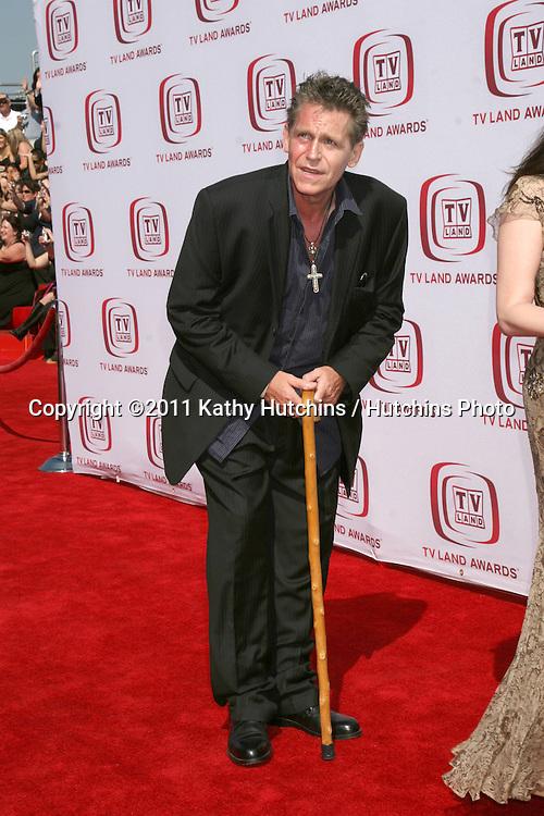 LOS ANGELES - JUN 8:  Jeff Conaway arriving at the 2008 TV Land Awards at Barker Hanger on June 8, 2008 in Santa Monica, CA