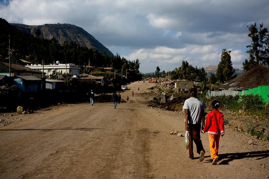 Road to Dessie, Ethiopia on  November 30, 2008. Photo by Jasmin Shah.
