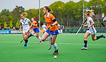 BLOEMENDAAL -   Nine Rijna (Bldaal)  , Libera hoofdklasse hockey Bloemendaal-Pinoke (0-0). COPYRIGHT KOEN SUYK