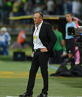 MEDELLIN - COLOMBIA -11-02-2015: Jose F Santa, tecnico de Atletico Huila durante partido Atletico Nacional y Atletico Huila por la fecha 3 de la Liga Aguila I 2015 en el estadio Atanasio Girardot de la ciudad de Medellin. / Jose F Santa coach of Atletico Huila during a match Atletico Nacional and Atletico Huila for the date 3 of the Liga Aguila I 2015 at the Atanasio Girardot stadium in Medellin city. Photo: Photos: VizzorImage  / Leon Monsalve / Str.