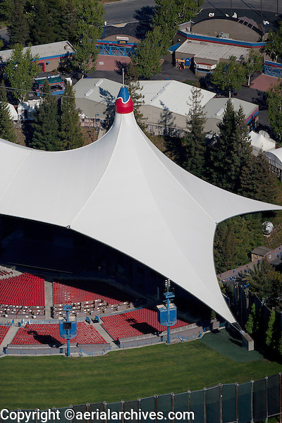aerial photograph Shoreline Amphitheatre Mountain View, California