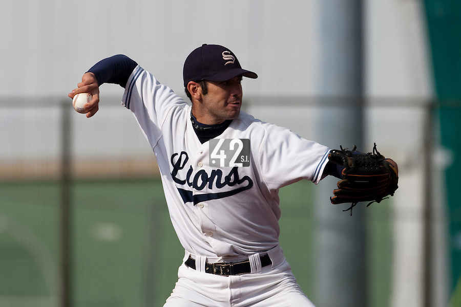 10 october 2009: Pierrick Le Mestre of Savigny pitches against Rouen during game 3 of the 2009 French Elite Finals won 4-2 by Lions of Savigny over Huskies of Rouen, at Stade Jean Moulin stadium in Savigny sur Orge, near Paris, France.