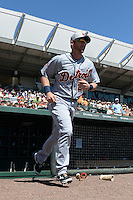 Detroit Tigers infielder Andrew Romine (27) is introduced before a Spring Training game against the Baltimore Orioles on March 4, 2015 at Ed Smith Stadium in Sarasota, Florida.  Detroit defeated Baltimore 5-4.  (Mike Janes/Four Seam Images)