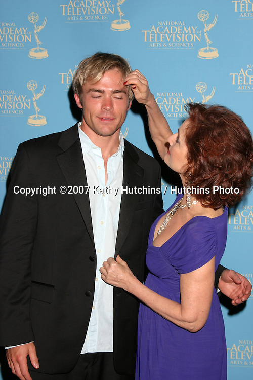 John-Paul Lavoisier & Robin Strasser.Creative Arts Daytime Emmys 2007.Hollywood & Highland Ballroom.Los Angeles, CA.June 14, 2007.©2007 Kathy Hutchins / Hutchins Photo....