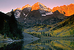 Dawn over Maroon Bells, near Aspen, Colorado