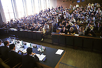 Milano: Universit&agrave; Bocconi. Studenti in aula durante una lezione.<br /> Milan: Bocconi University. Students in a classroom during a lesson.