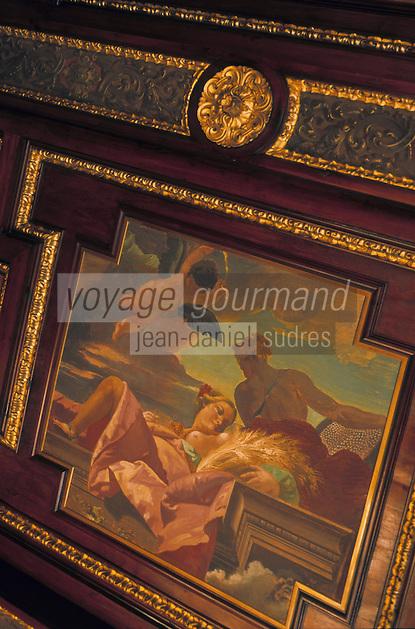 Europe/Italie/Emilie-Romagne/Bologne : Plafonds peints de la Chambre de Commerce
