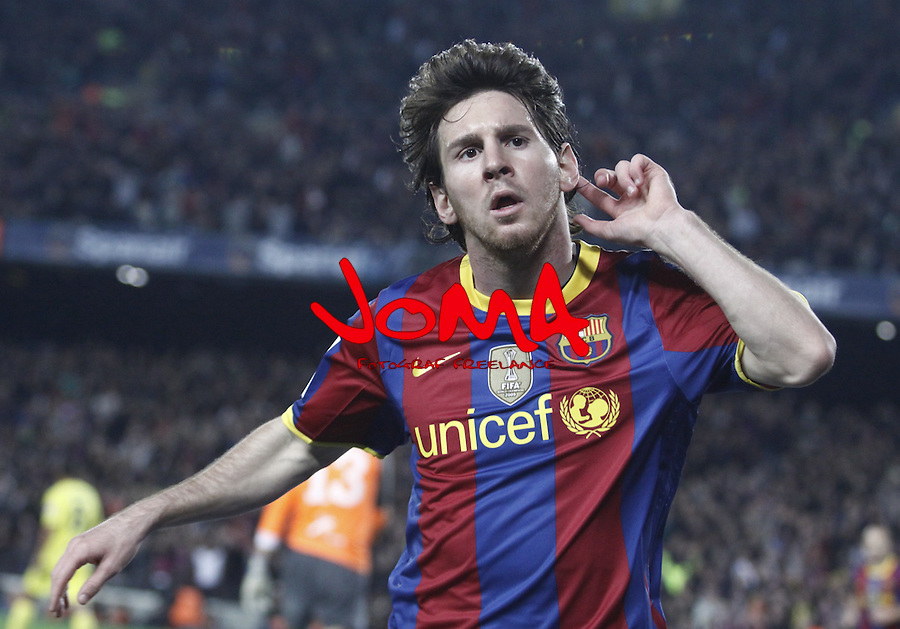 2010 Spain, Barcelona, La Liga, FC Barcelona in  2nd position in Liga beat  Villareal 3th, 3 - 1 and put pressure to Real Madrid on top. Messi celebartion after score him first goal