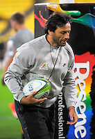 Jaguares head coach Raul Perez during the Super Rugby match between the Hurricanes and Jaguares at Westpac Stadium, Wellington, New Zealand on Saturday, 9 April 2016. Photo: Dave Lintott / lintottphoto.co.nz