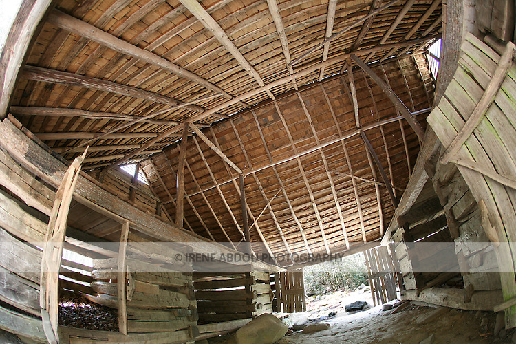 Historic barn in Cades Cove, Smoky Mountains National Park, Tennessee