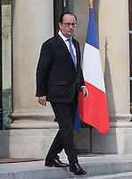 Francois Hollande. - Conseil restreint de sÈcurite et de defense ‡ l'Elysee suite a l'attentat de Nice perpetre le 14 juillet.