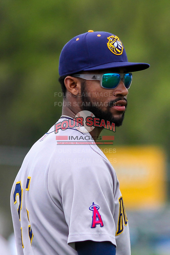 Burlington Bees outfielder Jo Adell (25) prior to a Midwest League game against the Wisconsin Timber Rattlers on May 19, 2018 at Fox Cities Stadium in Appleton, Wisconsin. Wisconsin defeated Burlington 1-0. (Brad Krause/Four Seam Images)