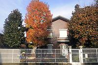 - Buccinasco (Milano), la villa sequestrata al clan di 'ndrangheta dei Sergi in base alla legge Rognoni-Latorre 109/96 per la confisca dei beni alla criminalit&agrave; organizzata; ora e sede di un asilo-nido<br /> <br /> - Buccinasco (Milan), the villa seized to Sergi clan of the 'Ndrangheta under the Rognoni-Latorre law 109/96 for the confiscation of property to organized crime;  now home to a nursery