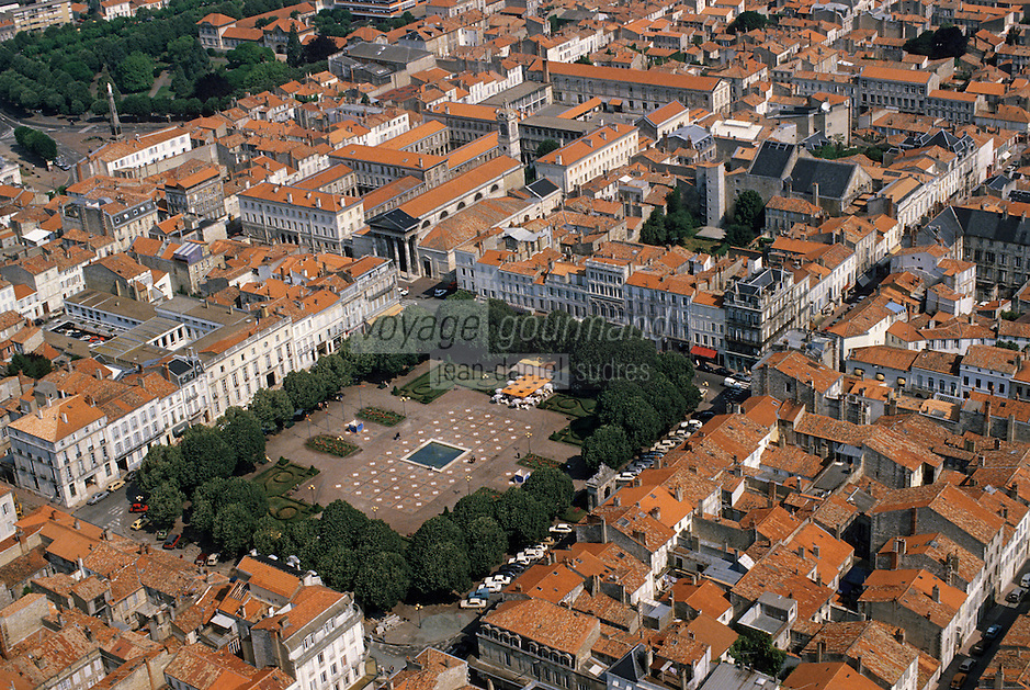 Europe/France/Poitou-Charentes/17/Charente-Maritime/Rochefort: La place Colbert