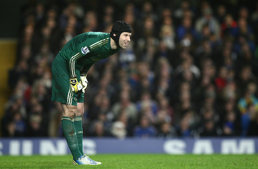Chelsea's Petr Cech ..Football - Barclays Premiership - Chelsea v Manchester City - Sunday 25th November 2012 - Stamford Bridge - London..