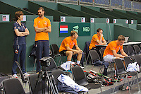 Switserland, Genève, September 16, 2015, Tennis,   Davis Cup, Switserland-Netherlands, Practise Dutch team, ltr.: team docor Babette Pluim, fysio Edwin Visser, Tallon Griekspoor, team manager Guus van Berkel and Tim van Rijthoven<br /> Photo: Tennisimages/Henk Koster