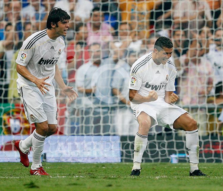 Real Madrid's Cristiano Ronaldo (r) and Kaka celebrate goal during La Liga match.August 29 2009. (ALTERPHOTOS/Acero).