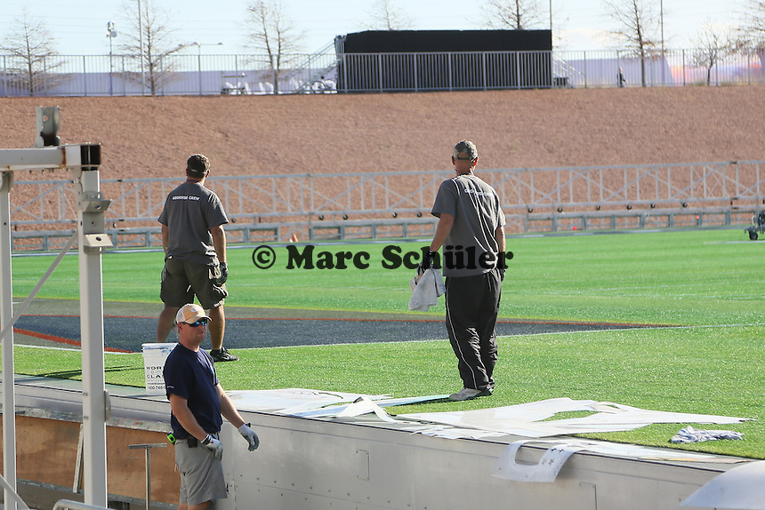 Spielfeld wird bemalt - Super Bowl XLIX Stadion-PK, University of Phoenix Stadium