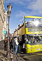 Open top tourist bus L'opentour Paris..©shoutpictures.com.john@shoutpictures.com