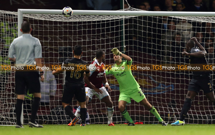 Sergio Aguero scores the 2nd goal for Man City - West Ham United vs Manchester City, Barclays Premier League at Upton Park, West Ham - 19/10/13 - MANDATORY CREDIT: Rob Newell/TGSPHOTO - Self billing applies where appropriate - 0845 094 6026 - contact@tgsphoto.co.uk - NO UNPAID USE
