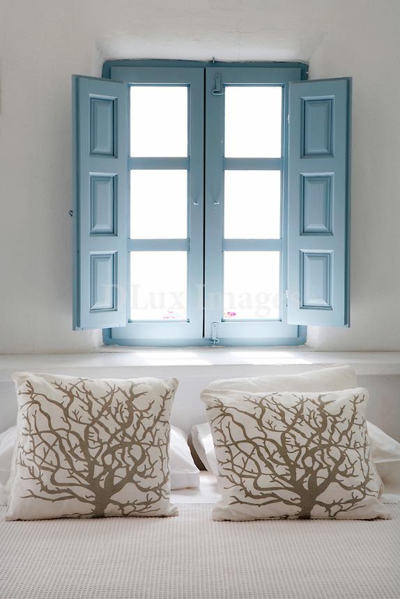 cycladic white bedroom