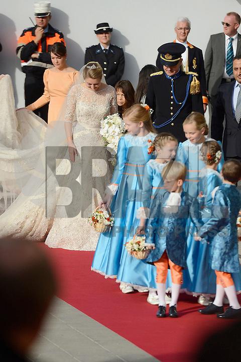 LUXEMBURGO 20/10/2012 - O príncipe Guilherme, herdeiro do grão-duque de Luxemburgo oficializou sua união com a condessa belga Stéphanie de Lannoy neste sábado (20) na Cathedral de Notre Dame em Luxemburgo. (FOTO: ALFAQUI  / BRAZIL PHOTO PRESS)