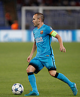 Calcio, Champions League, Gruppo E: Roma vs Barcellona. Roma, stadio Olimpico, 16 settembre 2015.<br /> FC Barcelona's Andres Iniesta in action during a Champions League, Group E football match between Roma and FC Barcelona, at Rome's Olympic stadium, 16 September 2015.<br /> UPDATE IMAGES PRESS/Isabella Bonotto<br /> <br /> *** ITALY AND GERMANY OUT ***