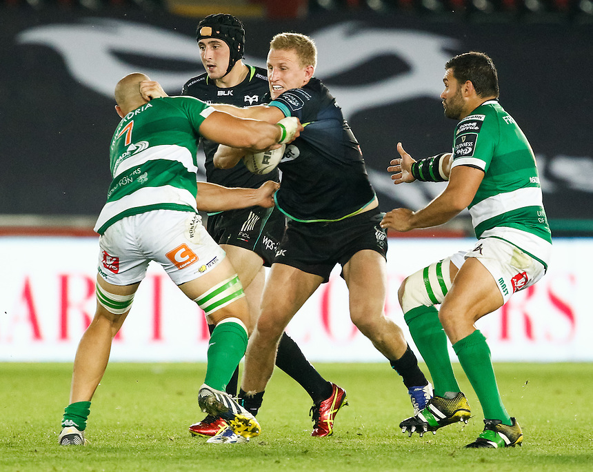 Ben John of Ospreys under pressure from Alberto De Marchi of Benetton Treviso<br /> <br /> Photographer Simon King/CameraSport<br /> <br /> Guinness PRO12 Round 3 - Ospreys v Benetton Rugby Treviso - Saturday 17 September 2016 - Liberty Stadium - Swansea<br /> <br /> World Copyright &copy; 2016 CameraSport. All rights reserved. 43 Linden Ave. Countesthorpe. Leicester. England. LE8 5PG - Tel: +44 (0) 116 277 4147 - admin@camerasport.com - www.camerasport.com
