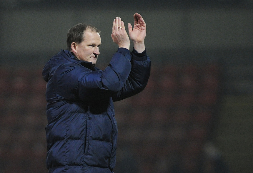 Preston North End manager Simon Grayson applauds the traveling support at the final whistle<br /> <br /> Photographer Kevin Barnes/CameraSport<br /> <br /> Football - The Football League Sky Bet League One - Crewe Alexandra v Preston North End - Sunday 28th December 2014 - Alexandra Stadium - Crewe<br /> <br /> &copy; CameraSport - 43 Linden Ave. Countesthorpe. Leicester. England. LE8 5PG - Tel: +44 (0) 116 277 4147 - admin@camerasport.com - www.camerasport.com
