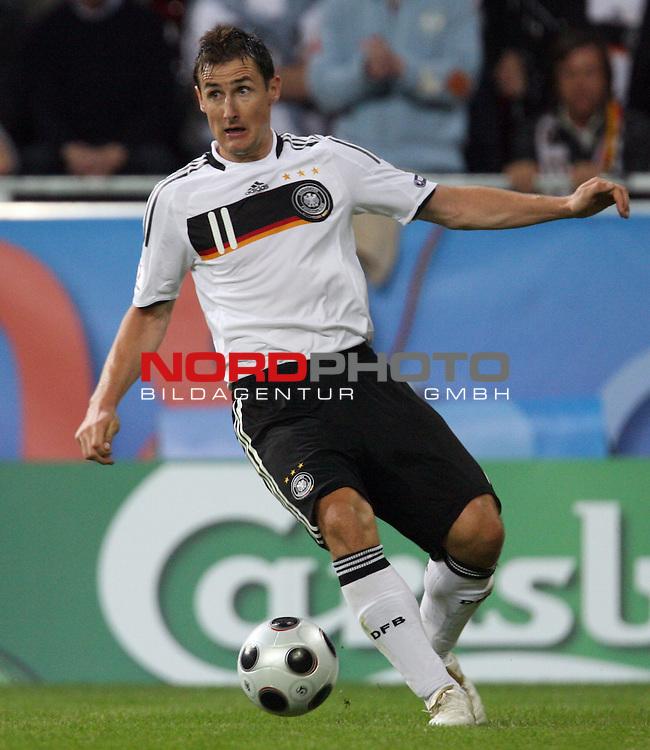 UEFA Euro 2008 Group B Klagenfurt - W&ouml;rthersee Match 04 Deutschland ( GER ) - Polen ( POL ) 2:0 (1:0). <br /> Miroslav Klose ( Germany / Angreifer / Forward / Bayern Muenchen #11 ) <br />  am Ball. Foto &copy; nph (  nordphoto  )