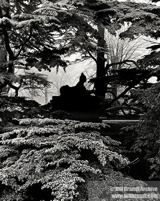 Chiswick House Gardens sphinx 1944